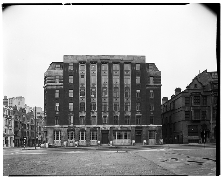 http://davidrowan.org/files/gimgs/21_gt-charles-st-view-of-york-house-co-newhall-st-12-april-1964.jpg