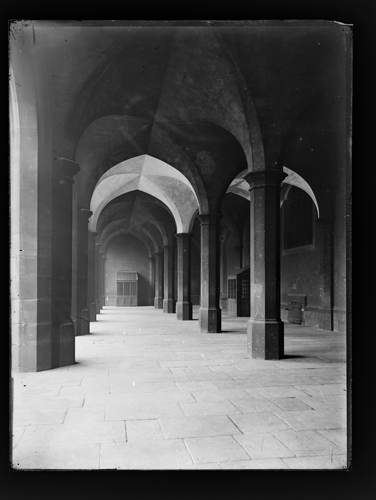 http://davidrowan.org/files/gimgs/54_ke-archive-extra-large-glass-plate-negatives----big-school-top-of-boys-staircase-cloisters-2.jpg