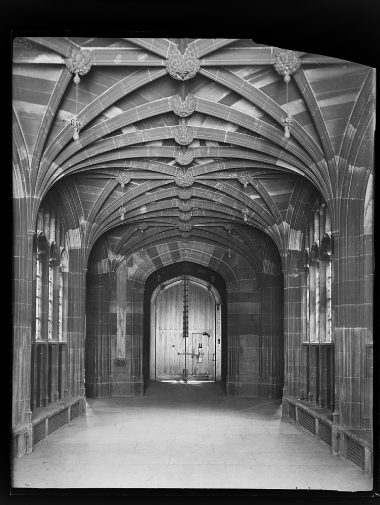 http://davidrowan.org/files/gimgs/54_ke-archive-extra-large-glass-plate-negatives----lower-corridor-looking-south.jpg