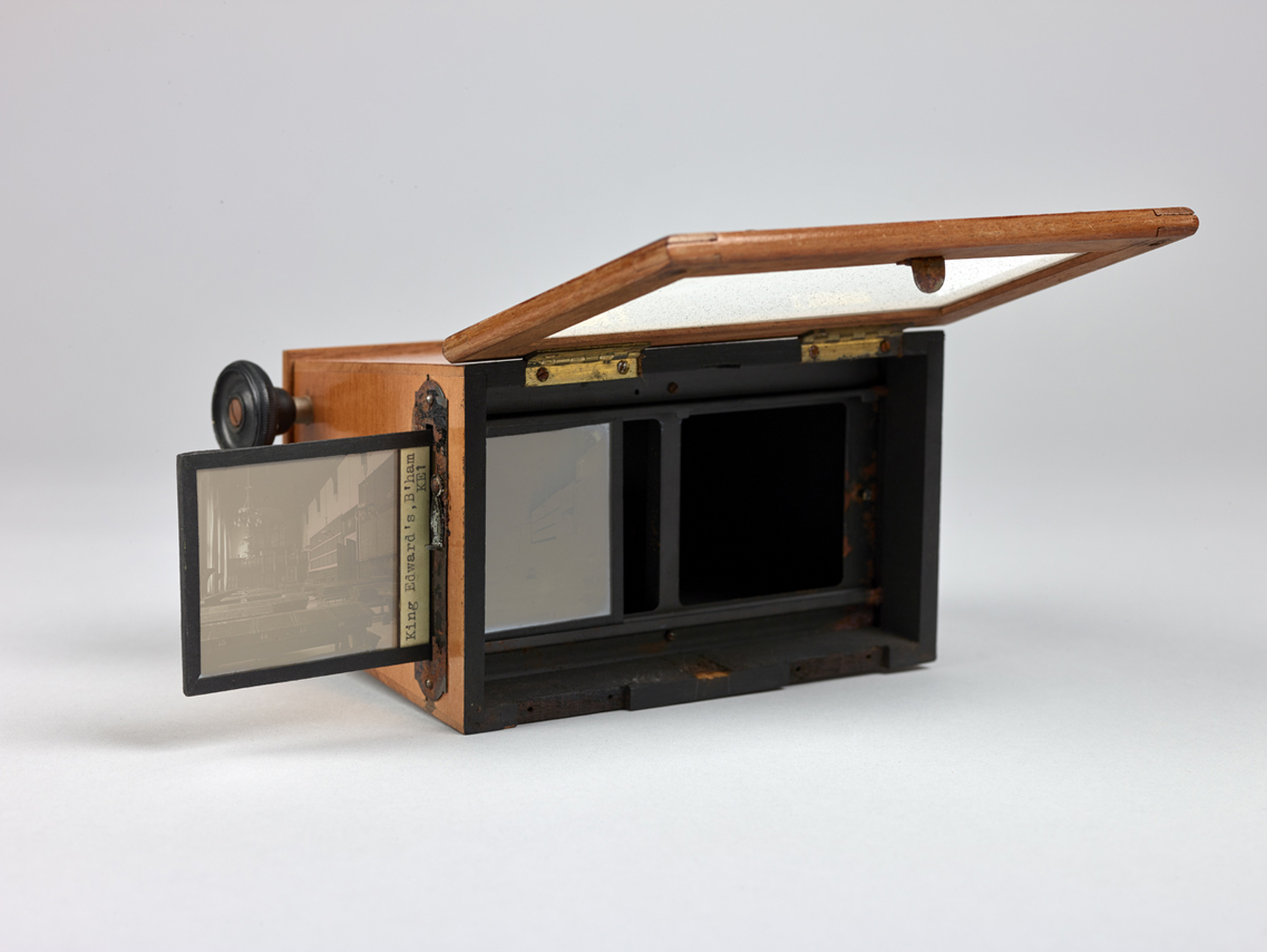 http://davidrowan.org/files/gimgs/54_ke-archive-stereoscope-viewer-two-19.jpg